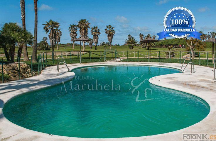 Fabulosa piscina rodeada de naturaleza espectacular.