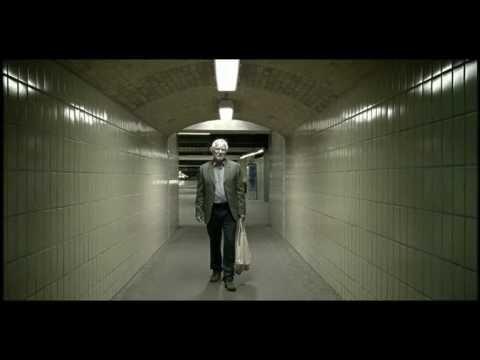 """Das offizielle Video zur Single """"Ich bereue nichts"""" vom Album """"Nichts passiert"""" aus dem Jahr 2009."""