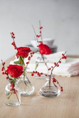 Rød+rose+og+ilexbær+vase
