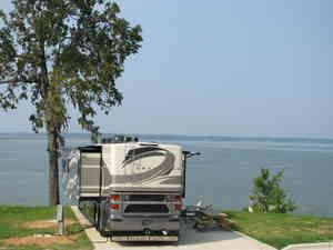 Lakeside RV Resort & Marina... I need to camp here! That is my kind of camping