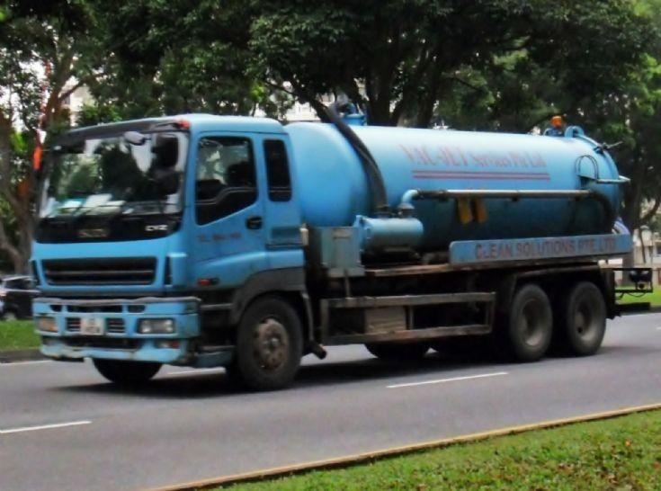 Isuzu Giga Singapore