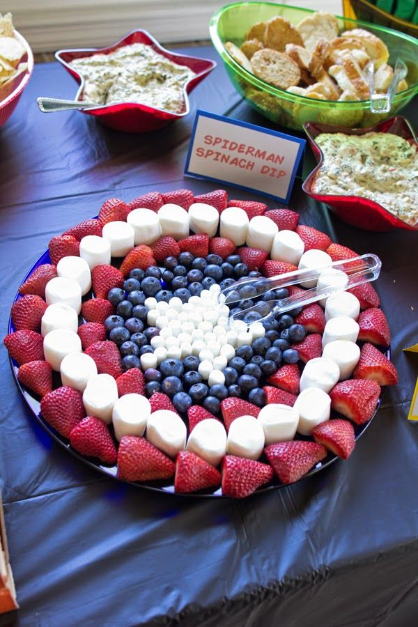 Genius superhero birthday party platter idea!