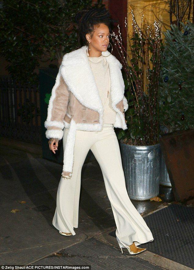 1000 Ideas About Rihanna Street Style On Pinterest