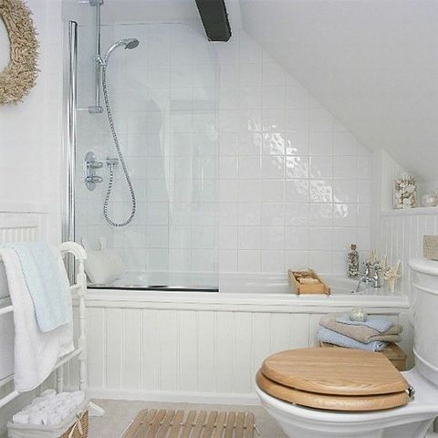 80 Small Yet Functional Bathroom Design | ComfyDwelling.com