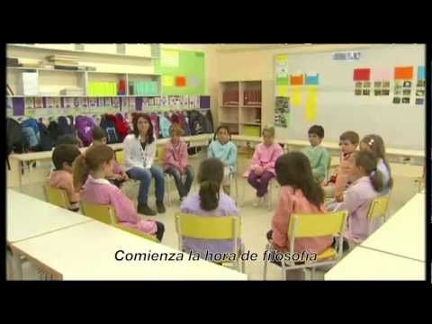 """▶ Filosofia 3/18 - Filosofía para Niños en """"Mestres"""" de TV3 - subt español- Implementación del método en las aulas."""