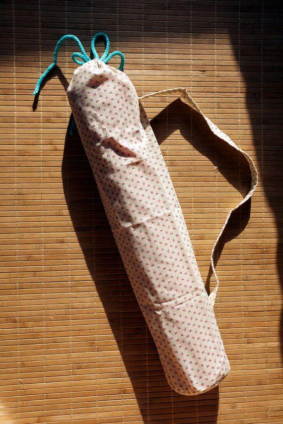 obal na jógamatku obal na jógamatku z pevného plátna všechny jógamat obaly jsou precizně ručně vyráběné originály, jediný kousek, ručně háčkovaná šňůrka šířka 20 cm, ideální velikost pro standardní velikost jógamatky