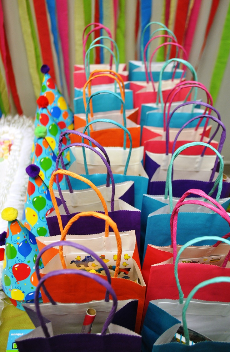 #birthday #kids #candyland #bright #colorful #bags #eventus