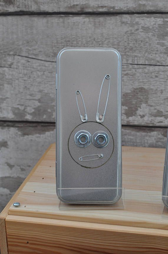 Hey, I found this really awesome Etsy listing at https://www.etsy.com/uk/listing/505437725/bunny-pencil-tin-metal-case-silver-box