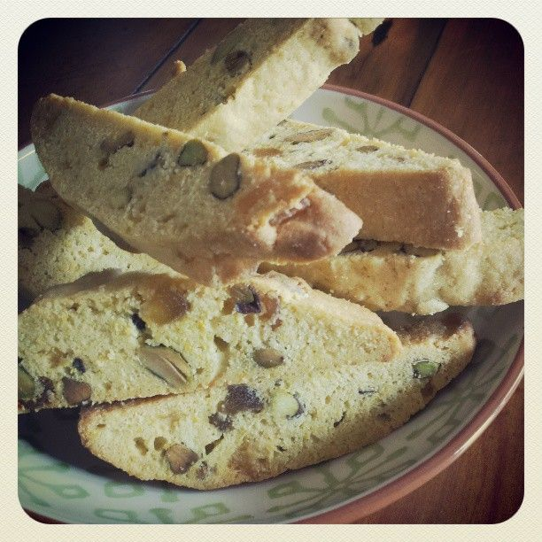 orange,ginger & pistachio biscotti