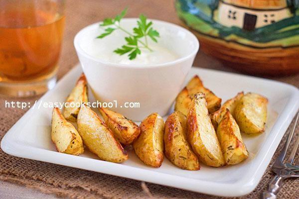 Картошка по деревенски в духовке: рецепт с фото пошагово | Легкие рецепты