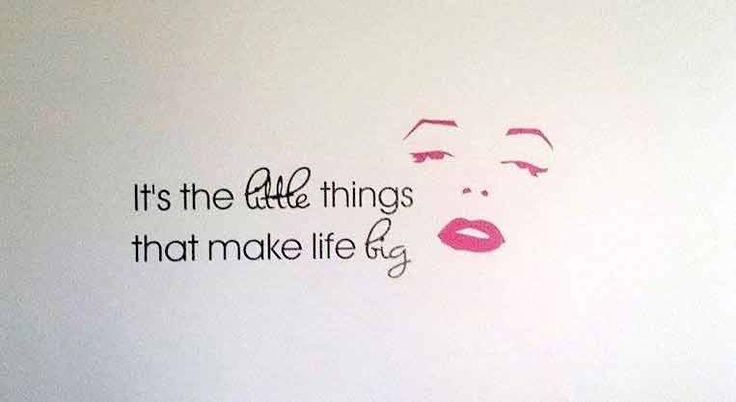 It's the little things that make life big #sisustustarra #marilyn #pink