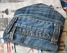 Handytasche aus Jeanshose / Pouch for mobile phone made from pair of jeans / Upcycling