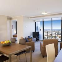 Melbourne Short Stay Apartments Melbourne Short Stay Apartments 4 stars B* Preferred Partner This property has agreed to be part of our Preferred Property programme which groups together properties that stand out thanks to their excellent service and quality/price ratio with competitive prices. Participation in the programme requires meeting a specific set of criteria and takes into account feedback from previous guests. Southbank,Melbourne (1.2 miles from Docklands Private Collection -