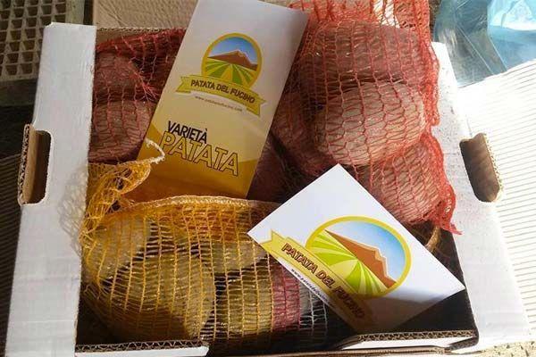Partecipa al contest su Facebook lanciato dal Patatedelfucino.com e ricevi 10 kg di patate in omaggio: basta invitare 30 amici a mettere mi piace. Prova ora!
