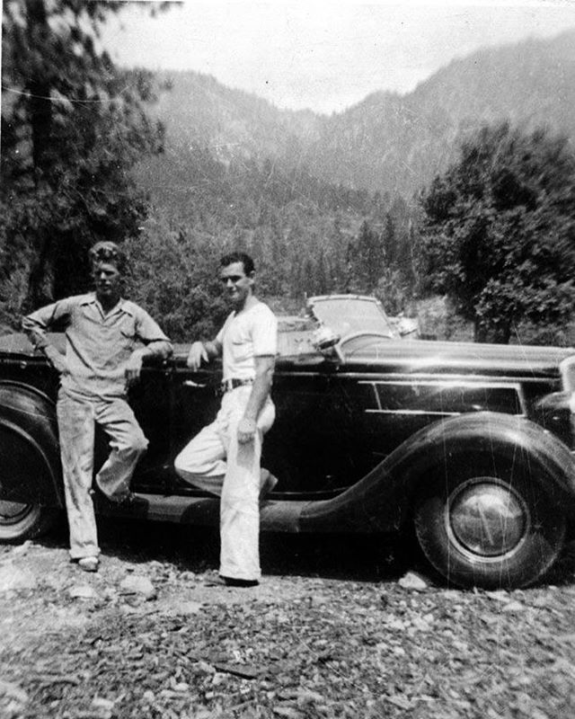 In The Late 1930s Glen Wall Bought A 1935 Ford Phaeton From The
