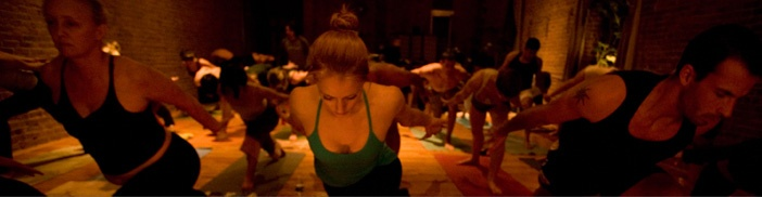 yoga to the people!  NYC <3 Seattle... love this place
