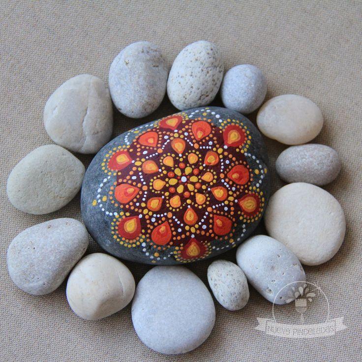 Nueve Pinceladas: Una cálida piedra.