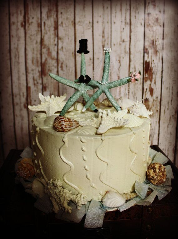 Starfish Cake. Perfect for you beach wedding.