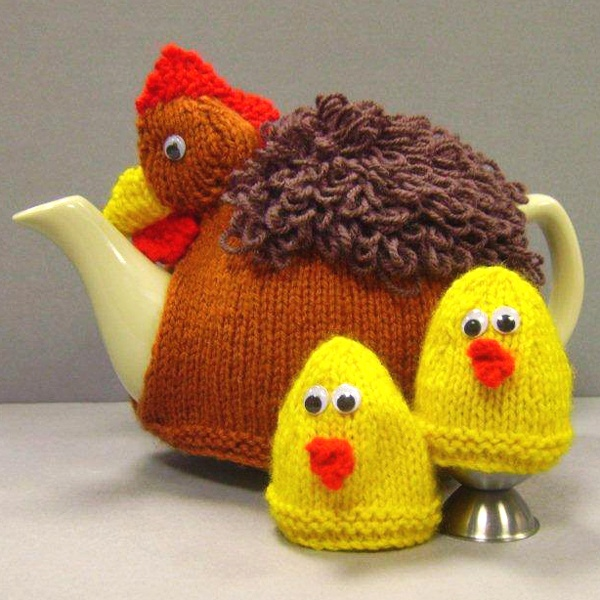Chicken Tea Cosy Knitting Pattern Free : 17 Best images about Crochet teapot cozy on Pinterest Tea cozy crochet, Rav...