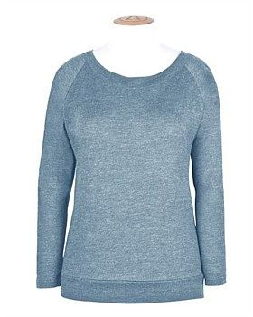 The Merino Raglan Top from Alchemy Equipment has a relaxed fit to give a comfortable garment that can be worn alone or as part of a layered system. Naturally moisture absorbing, this merino raglan is ideal for travellers who want the most out of their clothing. Buy Now https://www.outsidesports.co.nz/outdoor-sports-gifts-for-her/CNAYAEW090/Alchemy-Merino-Raglan-Top---Women's.html#.Vye3kXpnHpI