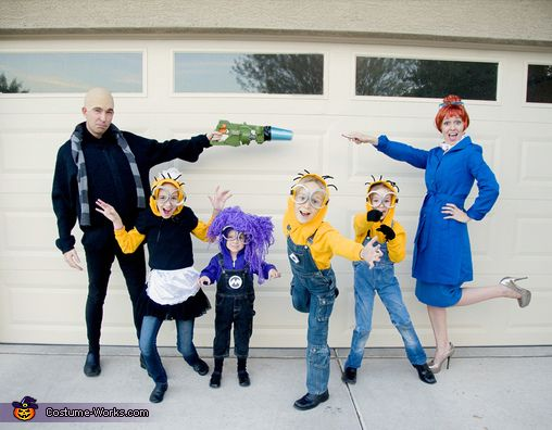 Despicable Me 2 Family Costume - 2015 Halloween Costume Contest