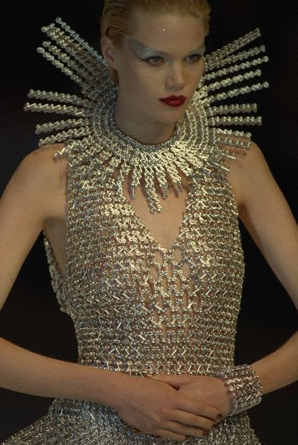 Paco Rabanne Haute Couture F/W 1997 - Details