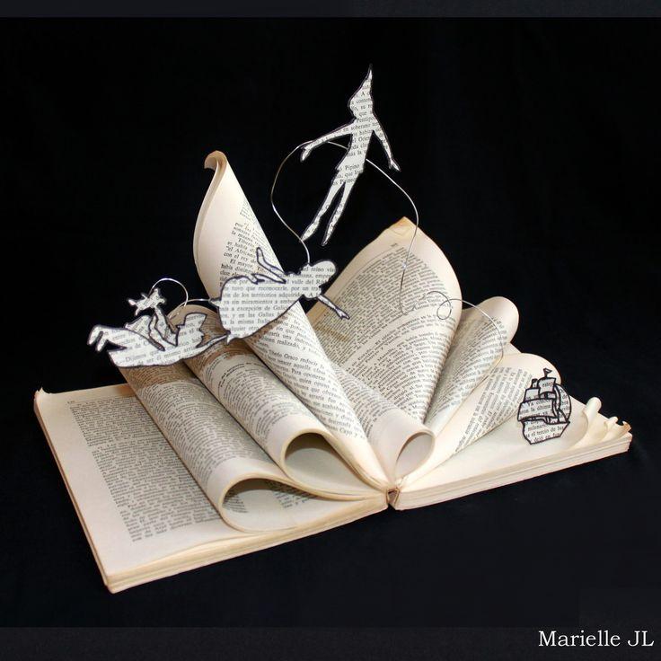 """Livre d'artiste """"Peter Pan"""", livre d'art, livre détourné, cadeau de naissance original, livre découpé : Sculptures, gravures, statues par mariellejl"""
