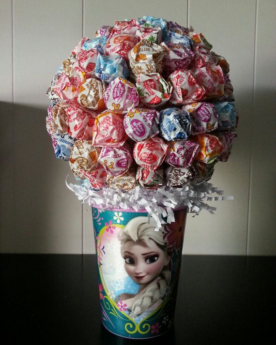 Disney Frozen Anna and Elsa dum dum centerpiece by bellecaps, $27.00
