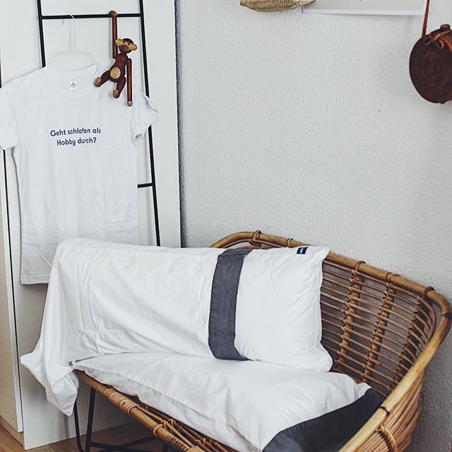 die besten 25 kissen freund ideen auf pinterest armee. Black Bedroom Furniture Sets. Home Design Ideas