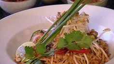 Pad Thai | Stir-fry | Thai recipes | SBS Food