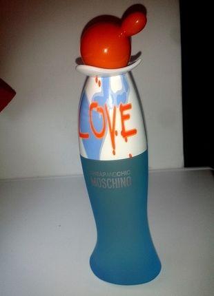 Kupuj mé předměty na #vinted http://www.vinted.cz/kosmetika-a-prislusenstvi/vune/12253489-moschino-i-love-love-100ml