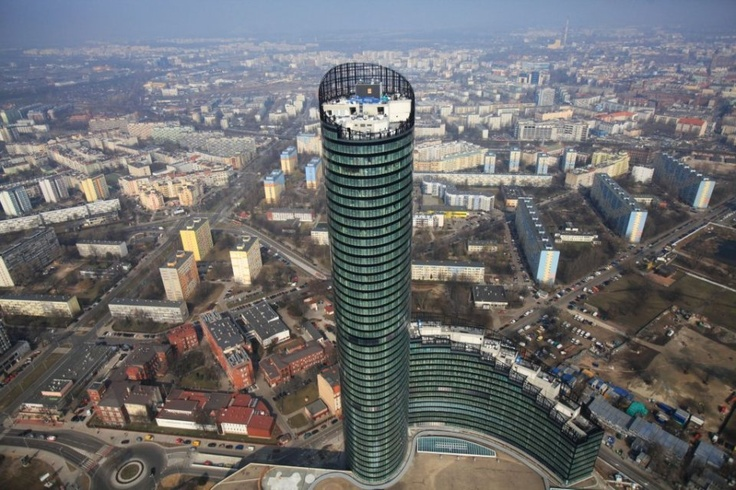 sky tower in wroclaw