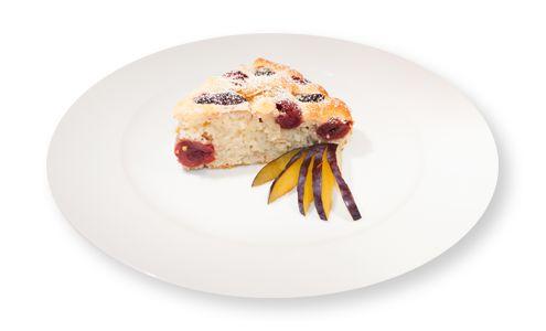 Zwetschgen-Weichsel-Kuchen