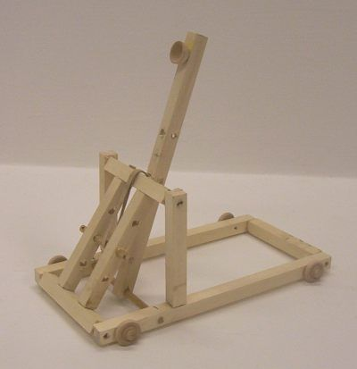 The Goblin - an adjustable catapult