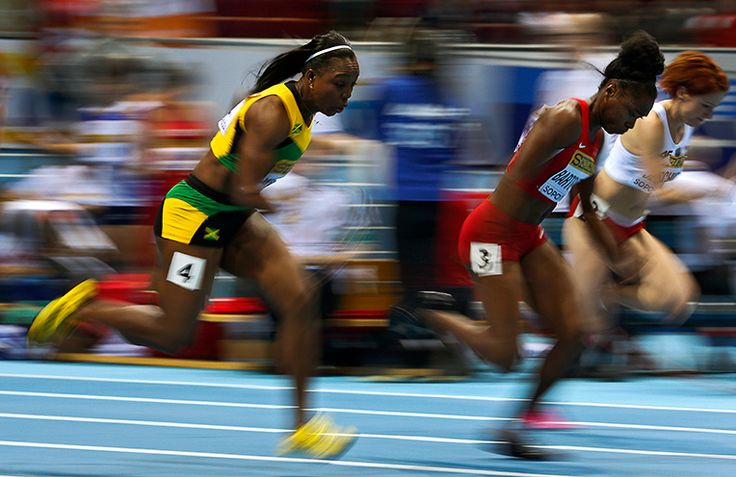 Top photographers Giancarlo Colombo and Kerim Okten (EPA) choose their favourite images from the 2014 IAAF World Indoor Championships.