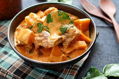 Beef Curry with Pumpkin (sub sweet potatoes?)