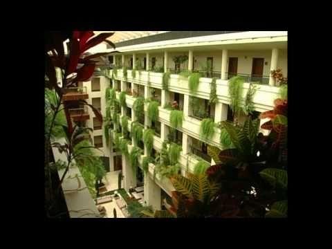 Video Corporativo de Puerto Antilla Grand Hotel, en Islantilla. Hotel de 4 Estrellas en primera linea de playa. Es el lugar ideal para sus vacaciones de verano en familia. Dispone de 6 salas para congresos, convenciones e incentivos.