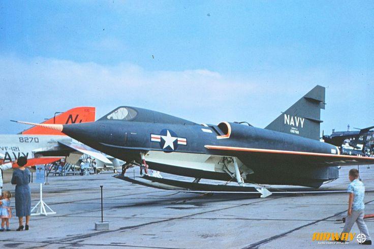 O XF2Y Sea Dart numa exposição da Marinha dos Estados Unidos