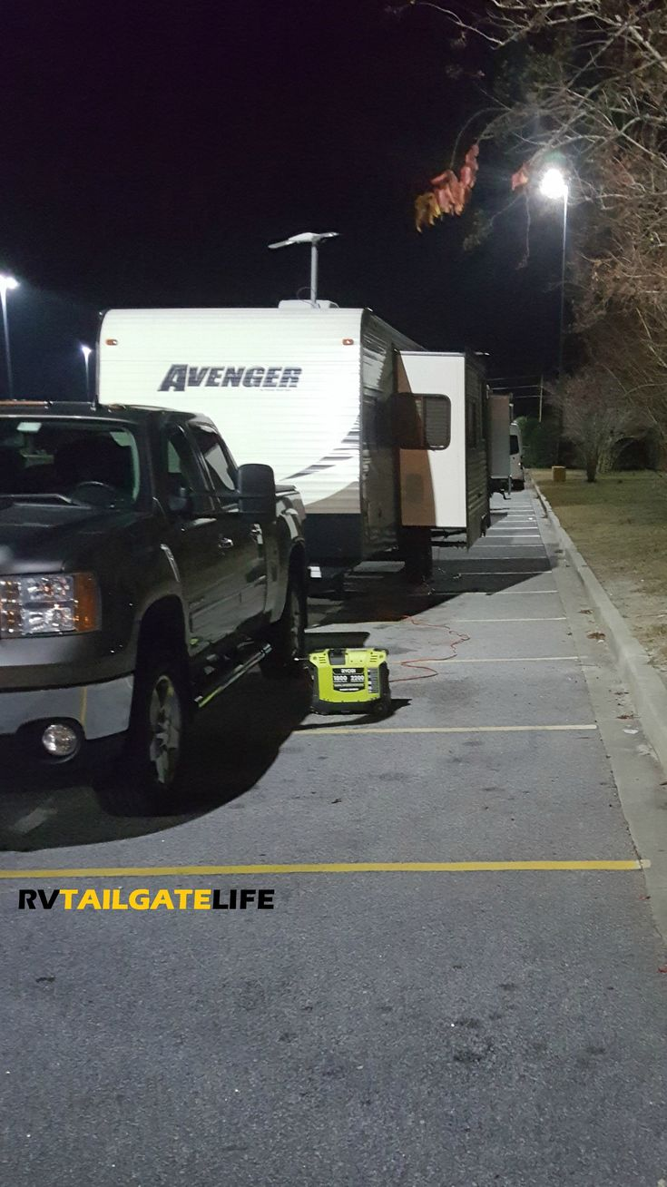 Traveling long distances? Know how and when you can park your RV at Walmart and other businesses!