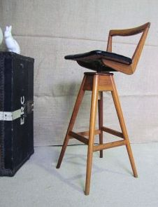 Mid-Century Modern Bar Stools - solid teak, made in Australia. Oh yes please!!!