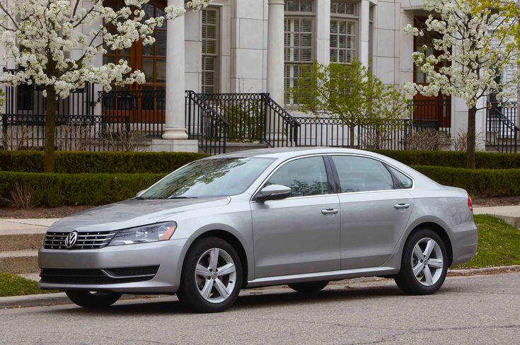 2012 Volkswagen Passat Owners Manual - https://carmanualpdf.com/2012-volkswagen-passat-owners-manual/