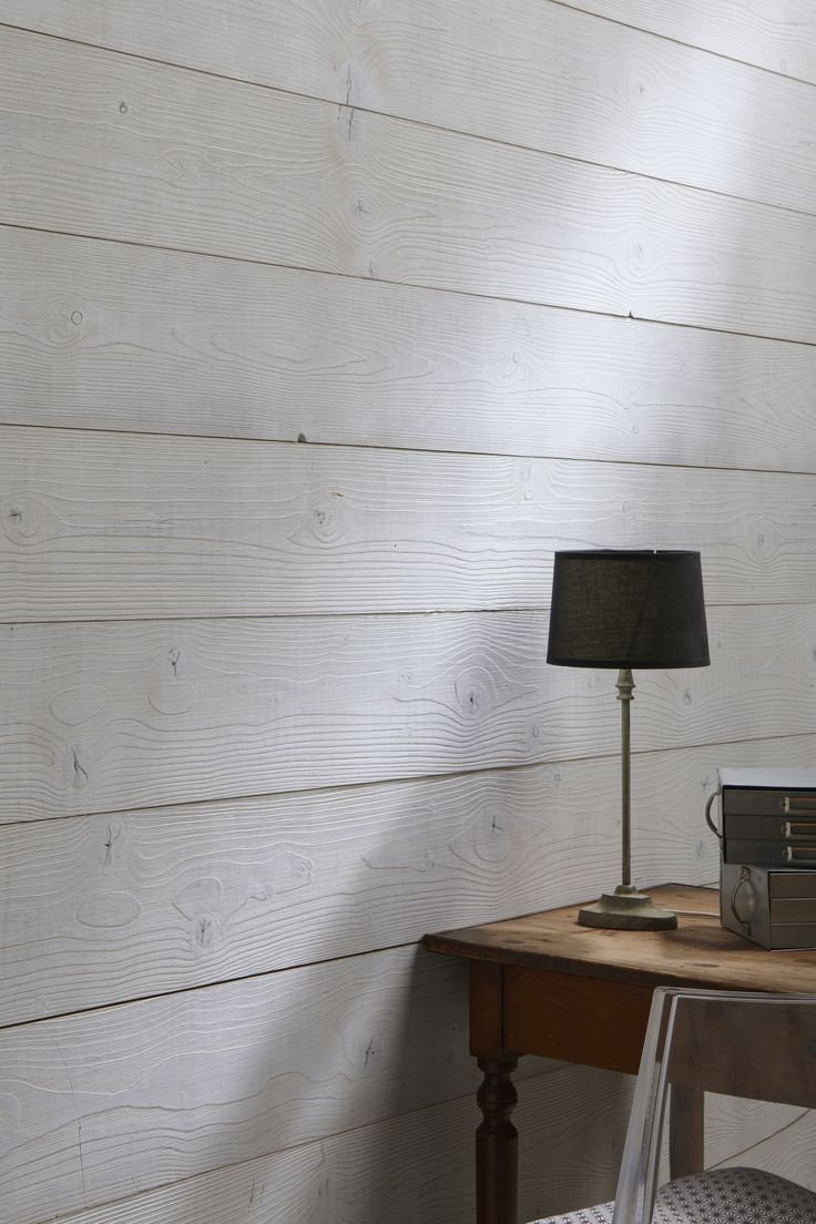 Lambris bois teinté gris, aspect bois brossé