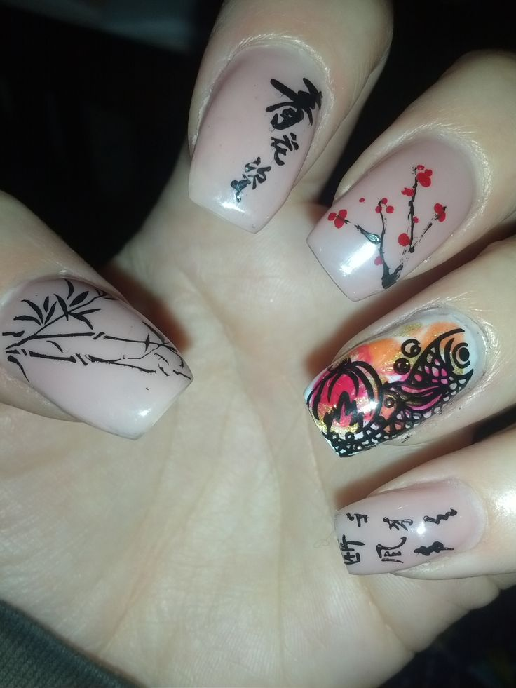 Day 10: Chinese New Year Nail Art check out www.MyNailPolishObsession.com for more nail art ideas.