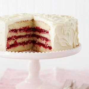 White Chocolate Layer Cake with Cranberry Filling Everyone will be impressed with this luscious fruit-filled four-layer dessert. The filling in the recipe combines cranberries, orange peel, lemon juice, and spices, making a striking Christmas presentation.