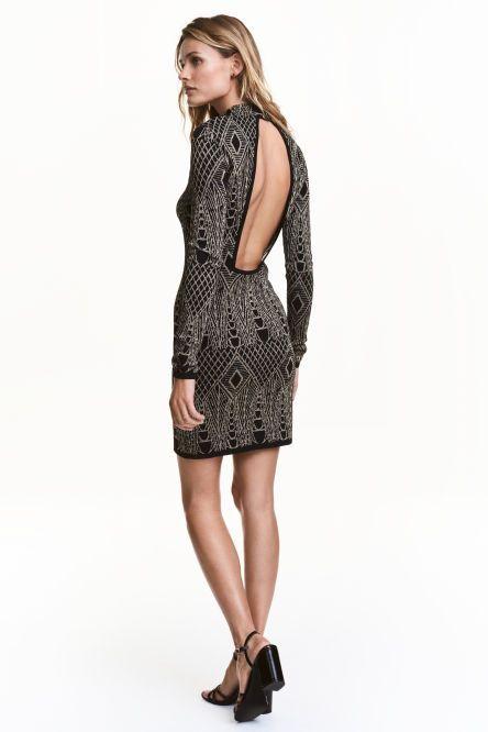 Třpytivé šaty