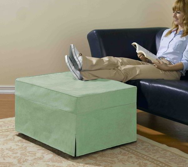 rv ottoman that doubles as a memory foam pull out bed ottomans rv mods and memory foam. Black Bedroom Furniture Sets. Home Design Ideas