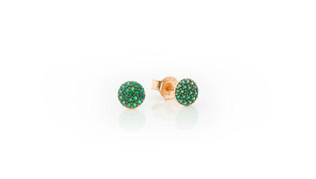 Tiny little rosegold earrings!!
