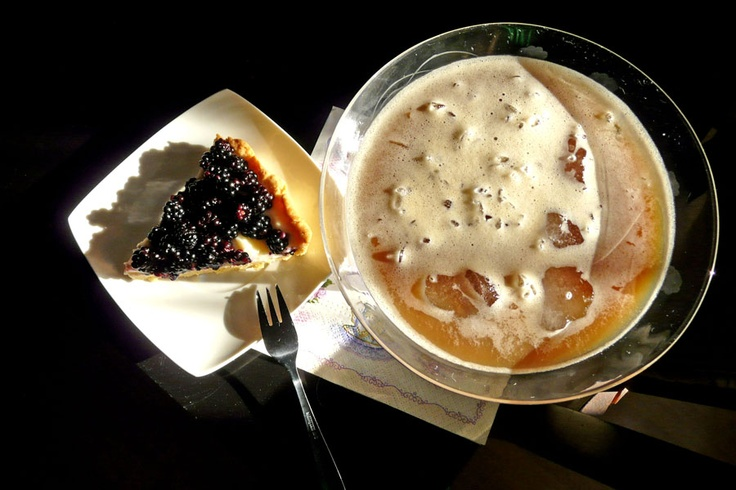 The way the cookie crumbles.: An afternoon indulgence ;)