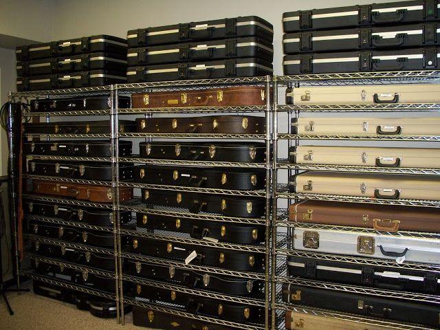 High Quality Guitar Case Storage