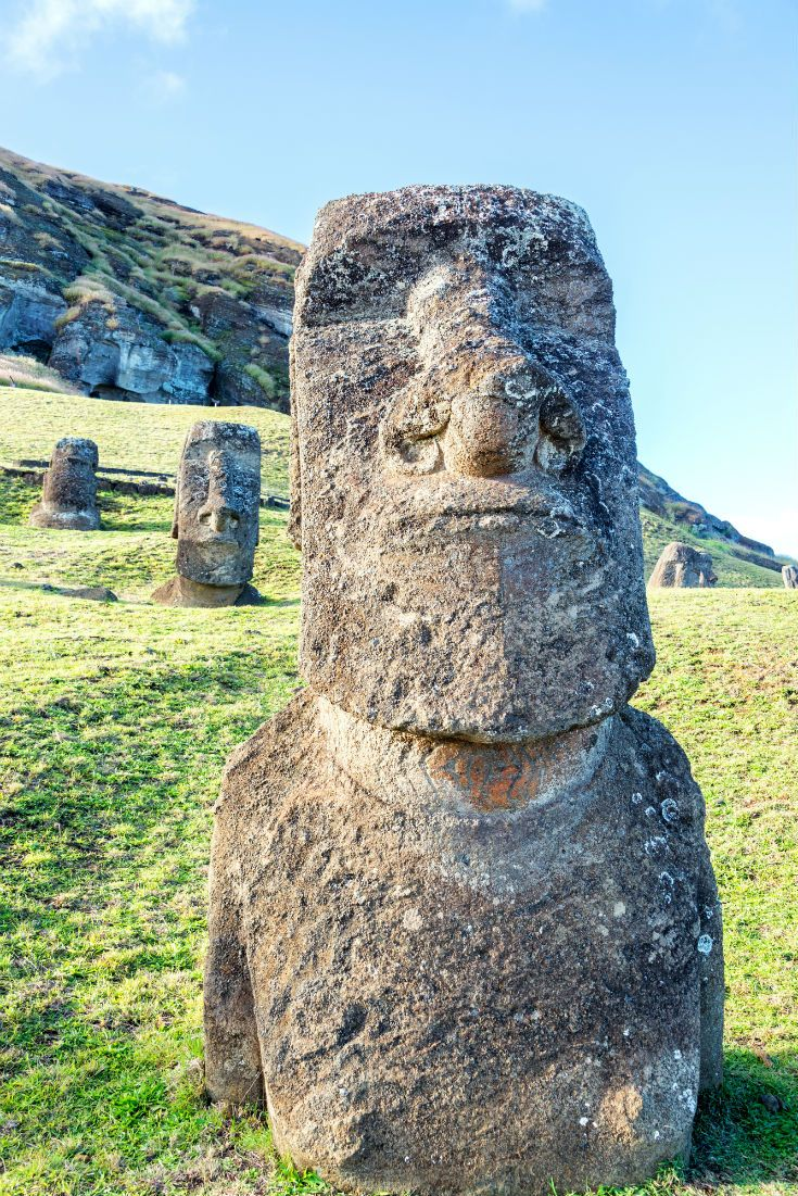 Moai Statues on Easter Island. Polynesian Islands in the Pacific belonging to Chile.  #Chile #LatinAmerica